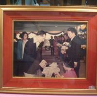 ในหลวงและสมเด็จพระเทพฯโปรดเกล้าฯให้คณะบุคคลเฝ้าและถวายหนังสือ