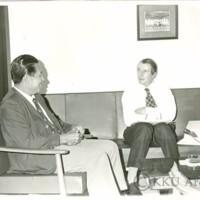 Mr.G.G.Turbott ผู้อำนวยการฝ่ายทะเบียนนักศึกษาของมหาวิทยาลัยแคนเตอร์เบอรี่  ประเทศนิวซีแลนด์เข้าเยี่ยมชมมหาวิทยาลัยขอนแก่นโดยมีศาตราจารย์พิมล  กลกิจให้การต้อนรับ